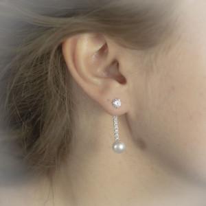 Stříbrné náušnice s perlou Savour třpytivý zirkon a perla