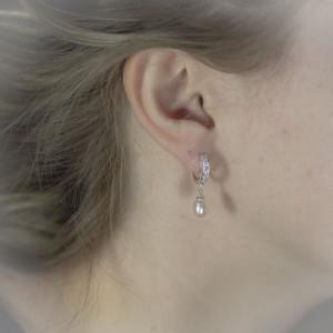 Stříbrné náušnice s perlou visací - Savour s kroužky