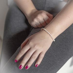 Stříbrný náramek s pravými perlami Savour white AAA