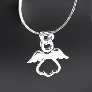 Stříbrný přívěsek andílek Savour