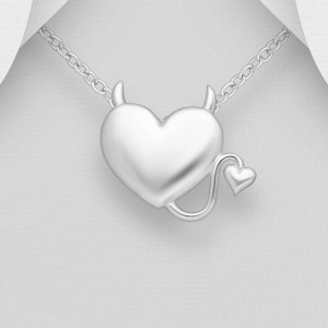 Stříbrný přívěsek ďáblíkovo srdce