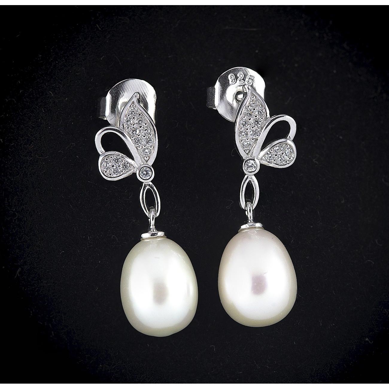 Stříbrné perlové náušnice visací Savour s motýlem