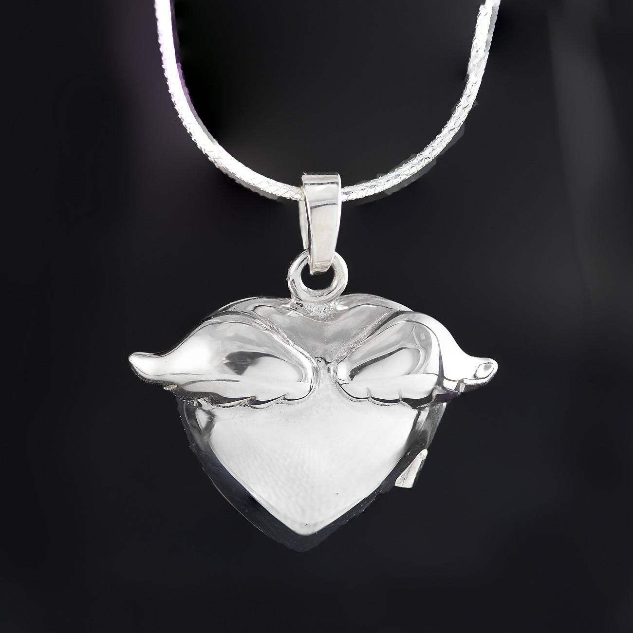 Stříbrný medailonek na fotku andělská křídla