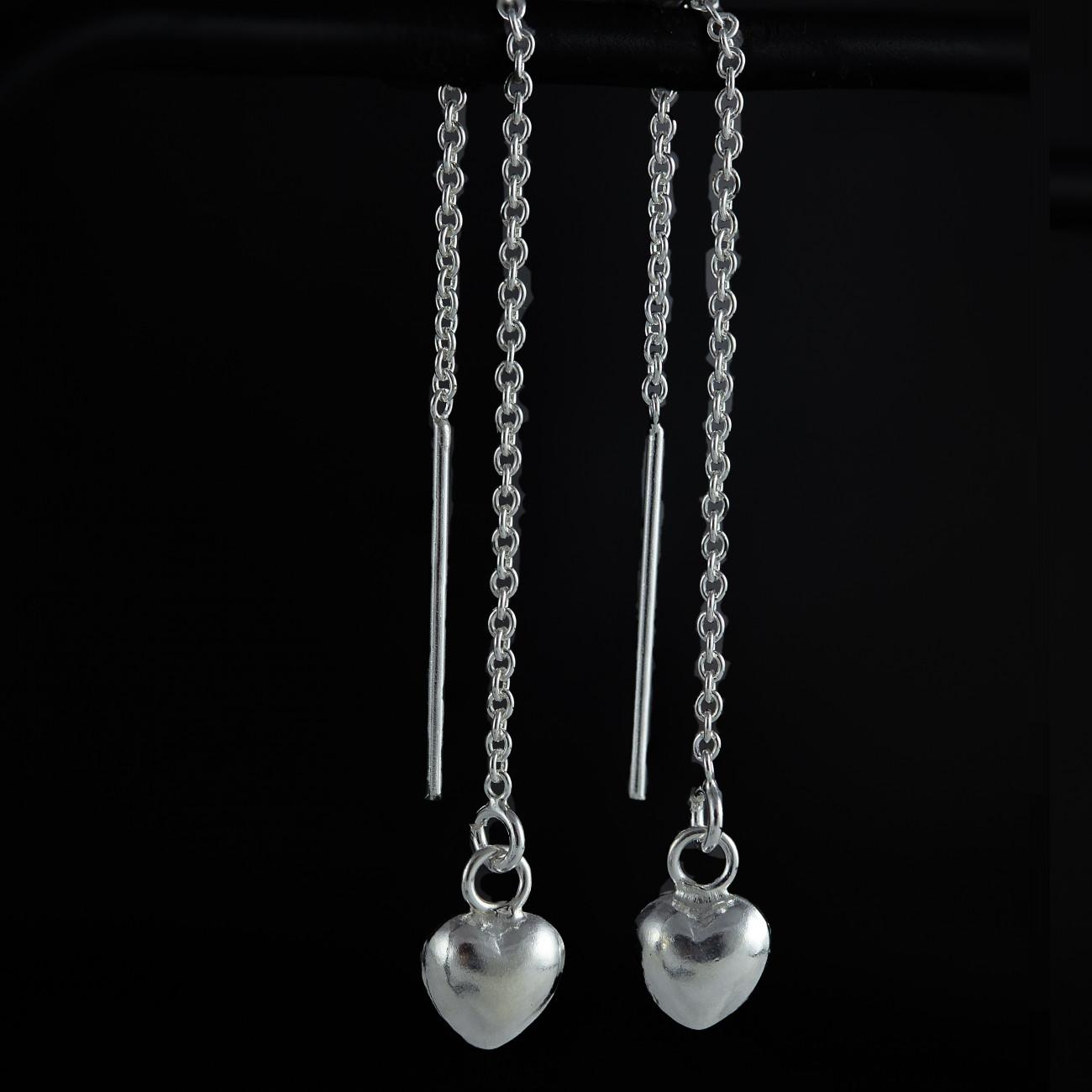 Stříbrné náušnice visací - provlékací řetízek se srdíčky