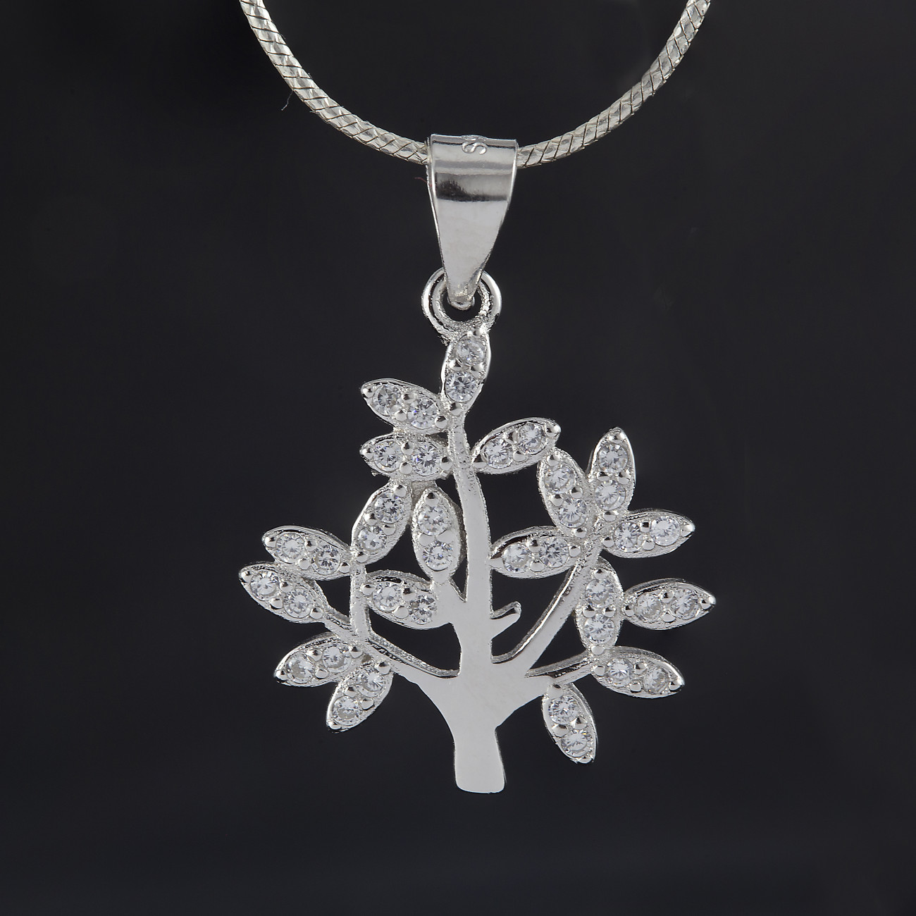 Luxusní přívěsek strom života tree and crystal