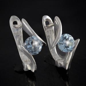 Luxusní, stříbrné náušnice s pravým sky blue topazem