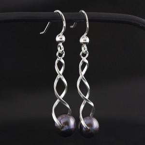 Stříbrné náušnices perlou - visací spirála s fialovou perlou