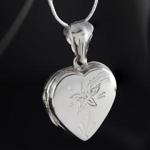 Stříbrný medailonek na fotku Savour heart comet