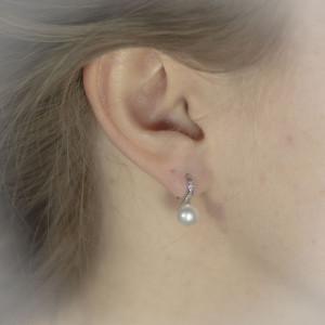 Visací stříbrné perlové náušnice - Savour perla a třpytivé krystaly
