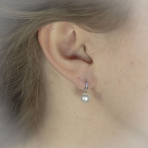 Perlové náušnice Savour pearl hook