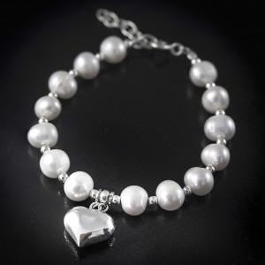 Stříbrný náramek s pravými perlami Savour heart