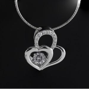 Stříbrný přívěsek srdce  s krystalem Savour