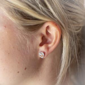 Stříbrné náušnice pecky - srdce s pravým krystalem Swarovski - clear