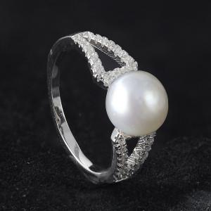 Prsten s perlou a zirkony stříbrný 925/ 1000