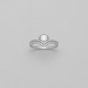 Luxusní, stříbrný prstýnek se zirkony