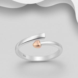Stříbrný prstýnek s pozlaceným srdíčkem